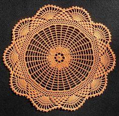pattern by Patrizia Pisani doily - free patterndoily - free pattern Crochet Dollies, Crochet Doily Patterns, Crochet Art, Crochet Home, Thread Crochet, Filet Crochet, Crochet Motif, Crochet Crafts, Crochet Stitches