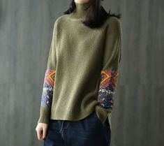 This Pin was discovered by Юли Girls Sweaters, Cardigans For Women, Loom Knitting Stitches, Stitch Fit, Fair Isle Knitting, Diy Embroidery, Knitting Designs, Pulls, Knitwear