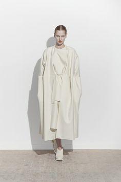 Femmes Maison [  Lucid. Minimal Style. The CV ]