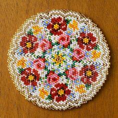 Peyote Patterns, Beading Patterns, Cross Stitch Patterns, Crochet Bedspread Pattern, Cross Stitch Flowers, Brick Stitch, Bead Crochet, Beading Tutorials, Loom Beading