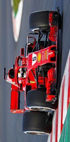 2018/3/8:Twitter: @sebvettelnews: Sebastian Vettel in action during testing, today in Barcelona. #F1Testing @latimages #F1 #F12018 #FormulaOne #フェラーリ #フェラーリF1 #SF71H #Ferrari #FerrariF1 #ScuderiaFerrari #SV5 #sebvettel #SebastianVettel