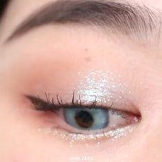 Korean Makeup Look, Asian Eye Makeup, Eye Makeup Art, Natural Eye Makeup, Dramatic Makeup, Makeup Eyes, Brown Eye Makeup Tutorial, Makeup Tutorial Eyeliner, Wedding Makeup Tutorial
