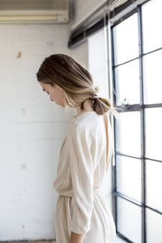 Super Casual Loosely Knotted Ponytail