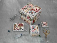 Autumn Dream Weaver Dianthus Box Elizabethan Eights - front Elizabethan Eights - back Good for the Goose Hydrangea Clover Cutter Neck...