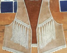 Hand made leather fringed vest by TantuStyle on Etsy Fringe Vest, Leather Fringe, Fashion Sewing, Boho Fashion, Crochet Clothes, Diy Clothes, Kurti With Jacket, Crochet Videos, Leather Accessories
