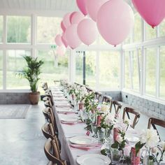 Spring party at Trendenser - pink table decorations and inspiring surroundings (add simplicity) - - 60th Birthday Party, Mom Birthday, Budget Wedding, Wedding Table, Wedding Ideas, Pink Table Settings, Mom Cake, Spring Party, Retirement Parties
