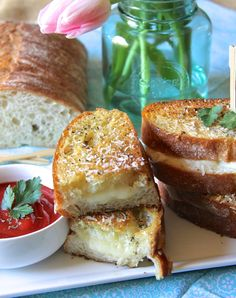ValSoCal: Italian Grilled Cheese with Sauce.  This girl can come up with some awesome recipes! She needs her own cook book!