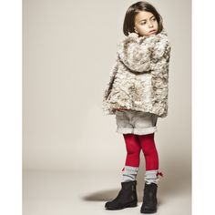 Mode enfant : 15 looks IKKS très preppy pour petites filles : Le manteau fourrure de chez IKKS - Maman Plurielles.fr