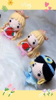 Crochet Fairy, Crochet Dragon, Crochet Dolls, Crochet Hats, Kawaii Crochet, Crochet Disney, Crochet Flower Tutorial, Crochet Flowers, Crochet Applique Patterns Free