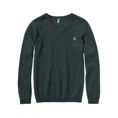 Maglia, in misto lana, manica lunga con collo a V. Collo fondo e polsi in costina.1032Q4192 GREEN
