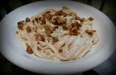 Pasta com bacon e creme de leite: www.confrariadacasserole.blogspot.com.br