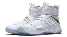 543f8b6c7c8 Nike Zoom LeBron Soldier 10