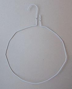 taivutettu henkari joulupallokranssia varten Hoop Earrings, Silver, Jewelry, Deco, Jewlery, Jewerly, Schmuck, Jewels, Jewelery