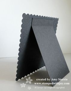 Diy Crafts - -Halloween Easel back cerealboxesredone Halloween Easel back Diy Photo Frame Cardboard, Cardboard Crafts, Paper Crafts, Create Your Own Picture, Paper Picture Frames, Tarjetas Diy, Frame Stand, Shaped Cards, Easel Cards
