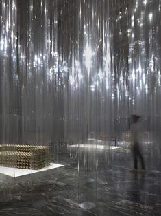 Yii Exhibition Design at Triennale / by nendo - Clear, plastic columns as space separations - LOVE