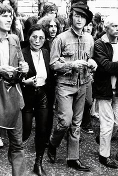 Lennon and Ono on a protest march.