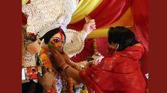 Festival Dates, Durga Puja, India, Traditional, Celebrities, Goa India, Celebs, Celebrity, Indie