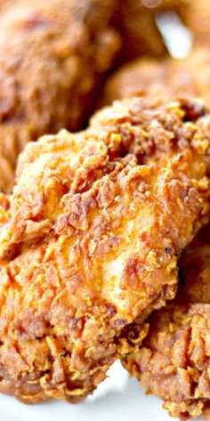 The Best Crispy Fried Chicken Recipe: Adapted from Cooks Illustrated Turkey Recipes, Fish Recipes, Meat Recipes, Cooking Recipes, Pan Cooking, Cooking Cake, Cooking Pork, Skillet Recipes, Cooking Videos