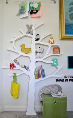Tree bookshelf - Free DIY Plans and Step by Step Video Tutorial on How To Make a Modern Tree Shaped Bookshelf Tree Bookshelf, Tree Shelf, Bookshelf Storage, Bookshelves Kids, Bookshelf Plans, Diy Shelving, Nursery Bookshelf, Staircase Storage, Bookshelf Ideas