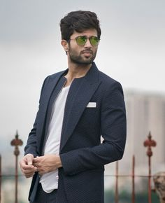 Looks like a pro😘 Famous Indian Actors, Indian Celebrities, Cute Actors, Handsome Actors, Allu Arjun Wallpapers, Telugu Hero, Prabhas Pics, Vijay Actor, Indian Men Fashion