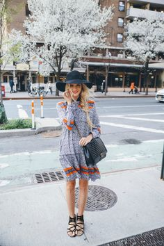 Boho Street Style Inspiration: Printed Mini Dress + Black Gladiator Sandals Spring Look #johnnywas