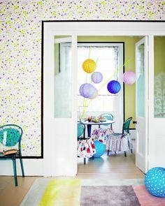 Dining room | Painterly marks | Pastel palette | Spots | Lanterns | Modern | Livingetc