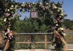 photocall para boda entre viñedos