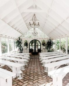 The Most Amazing Airbnb Wedding Venues From castles and campsites to beach-side . - The Most Amazing Airbnb Wedding Venues From castles and campsites to beach-side getaways, these cel - Airbnb Wedding, Wedding Destination, Unique Wedding Venues, Outdoor Wedding Venues, Wedding Locations, Unique Weddings, Wedding Events, Wedding Planning, Wedding Favors
