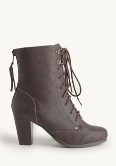 Oak Valley Lace-up Boots | Modern Vintage Shoes