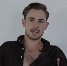 Dacre Montgomery, Male Beauty, Gorgeous Men, Future Husband, Stranger Things, Aesthetic Wallpapers, Crushes, It Cast, Hot Men