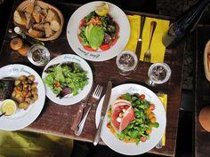 Chez Janou (Paris/FR): the food was amazing, but the best was definitely the all you can eat mousse au chocolat!