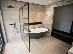 Welkom bij badkamer showroom De Eerste Kamer in Barneveld! Inspiratie nodig? In onze badkamer showroom ontdekt u unieke badkamers in diverse woonstijlen.