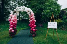 Bright & Fun Castle Wedding with a Balloon Arch – Balloon Arch Welcome Sign Tullibole Castle Wedding Casey Avenue Photography – Homepage How would you like to turn your boyfriend's weekend trip into a big surprise? Diy Wedding Decorations, Wedding Centerpieces, Wedding Ideas, Wedding Spreadsheet, Flower Company, Colourful Balloons, Floral Arch, Pink Petals, Wedding Balloons