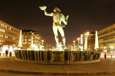 Poseidon and the Aveny in Gothenburg.