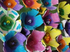 Egg carton Springtime flowers - this will be a great, easy craft to do with the 2-year olds, tomorrow.