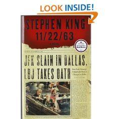 Anoche me desvelé y lo terminé! Me cayó bien, como todo lo que tenga viajes en el tiempo y paradojas espacio-temporales, ucronías y a Jaquie Kennedy. Divertido, pero esperaba un poco más del final!    Amazon.com: 11/22/63: A Novel (9781451627282): Stephen King: Books