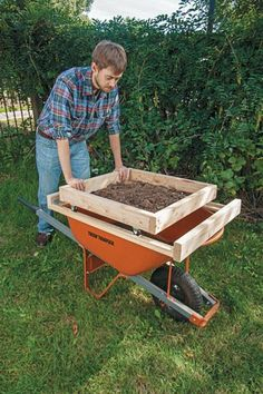 DIY a soil sifter (need one to screen compost) that takes the weight off your back with these plans for a wheeled sifting box in a frame. Compost Soil, Garden Compost, Worm Composting, Hydroponic Gardening, Garden Soil, Lawn And Garden, Garden Beds, Organic Gardening, Backyard Projects