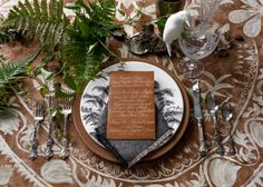 Beautiful Fall Table Settings - Tablescapes from Blake Sam Thanksgiving Traditions, Thanksgiving Tablescapes, Happy Thanksgiving, Spode Woodland, Fall Table Settings, Place Settings, Table Setting Inspiration, Floral Centerpieces, Easter Centerpiece