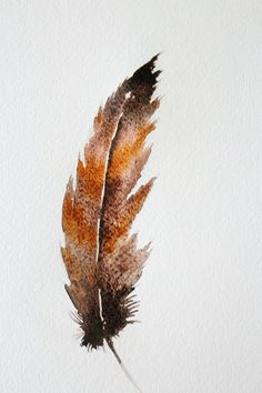 How to Do a Watercolor Painting of Bird Feathers The manner in which watercolor spreads onto the paper makes painting a feather a great beginner's project. Create various looks by simply altering colors. Feather Drawing, Watercolor Feather, Feather Painting, Feather Art, Bird Feathers, Painting Flowers, Watercolor Pencils, Watercolour Tutorials, Watercolor Techniques