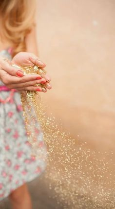 glitter throwing instead of rice. Pick a color that matches your wedding colors. Wild One Birthday Party, Fairy Birthday Party, Birthday Parties, Glitter Photography, Le Moral, Glitter Pictures, Glitter Roses, Pink Glitter, Alice In Wonderland Tea Party
