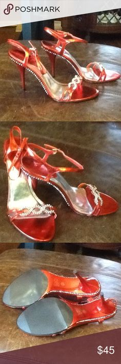 Sz9M metallic red with white rhinestones 4 in NWOT 10M 4 inch heel adjustable strap rhinestone front and all around shoe , very classy and great for black tie event or just jeans! Pristine condition all rhinestones are there! Sexy!!! Sweet Seventeen Shoes Heels