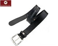 Ledergürtel Schwarz  Feinste Materialien und ein stilvolles Design zeichnen den Ledergürtel Schwarz aus. Lässig zur Jeans oder zum Abend Outfit - das Lichtspiel der schimmernden Swarovski Elemente sorgt für einen glamourösen Auftritt.