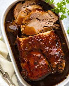 A Slow Cooker Pork Loin roast that's cooked in an amazing Honey Butter Garlic Sauce until fork tender yet sliceable! It's a slow cooker pork roast recipe that works fabulously with pork loin, shoulder and scotch fillet, for your slow co. Slow Cooker Pork Roast, Pork Roast Recipes, Crock Pot Slow Cooker, Slow Cooker Recipes, Cooking Recipes, Slow Cooker Pork Shoulder, Crockpot Meals, Cooking Kale, Slow Cooked Pork