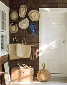 Google Image Result for http://homedesigndecorating.com/wp-content/uploads/2010/06/front-porch-Contemporary-Beach-Cottage-Style.jpg