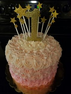 "A sweet little first birthday cake. The theme was ""Twinkle, twinkle little star."""