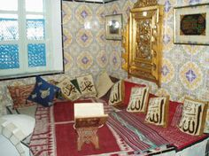 Islamic_Prayer_room_with_Quran.jpg (403×302)