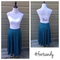 "| new | ASOS Teal Midi Skirt Brand: ASOS Material: 84% Polyester, 12% Viscose, 4% Elastine  Size: 6 Color: Teal / Seawater Blue    Waist: 28"" Length: 30"" Misc: Not Lined; Tags Attached    CLOSET RULES: No PayPal, holds, or trades. Reasonable offers through offer button.  BUYER PROTECTION: After purchase items are subject to extra photo/video with date & buyer closet name. ASOS Skirts Midi"