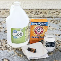 How to Clean and Deodorizer Your Carpet with Baking Soda - Natural Home Cleaning with Baking Soda - At Home With Zan Homemade All Purpose Cleaner, All Purpose Cleaners, Cleaners Homemade, Baking Soda On Carpet, Baking Soda Cleaning, Glass Storage Jars, Jar Storage, Homemade Mirrors, Sweet Orange Essential Oil