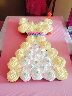 Princess dress pull-apart-cupcake-cake X2