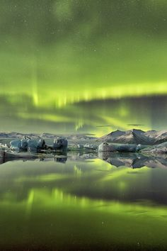 Green reflections by Mark McColl via 500px. ~~ For more:  - ✯ http://www.pinterest.com/PinFantasy/naturaleza-~-auroras-boreales-northern-lights/